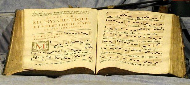 Altes Buch mit Gregorianik